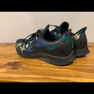 Nike Shoes - Rare 2018 Mens Nike Zoom Pegasus 35 Tropical